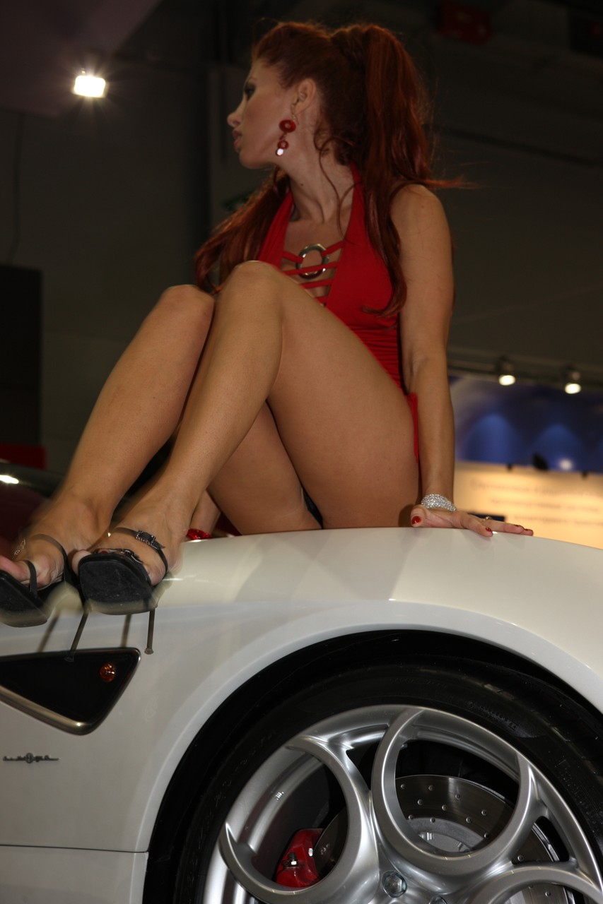 Car Show Girls Upskirt