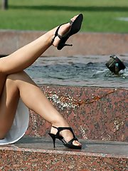 8 pictures - upskirt in public park picture gallery