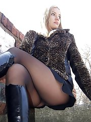 8 pictures - real upskirt picture gallery